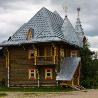 Дом в Мандрогах :: Денис Матвеев