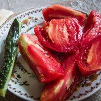 Запах и вкус томатов с дачи... :: Владимир Сквирский