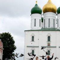Свадьба и голуби :: Софья Кузнецова