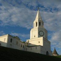 Спасская башня Казанского Кремля :: Peripatetik