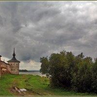 на берегу Сиверского озера :: Дмитрий Анцыферов