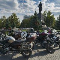 Прорывая блокаду (Словацкие друзья в Севастополе) :: Игорь Кузьмин