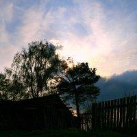 Помню, домик стоял на пригорке... :: Евгений Юрков