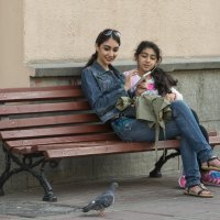 Про девочек и голубя :: Александр Степовой