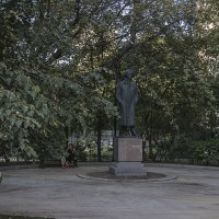 У памятника Блоку. :: Яков Реймер