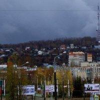 Город перед  грозой. :: Валерия  Полещикова