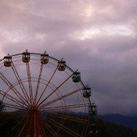 Колесо обозрения неподалёку от Чемальской ГЭС :: Lady Etoile