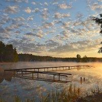 Восход у старой купальни... :: Юрий Цыплятников