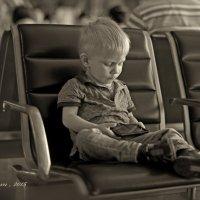В ожидании самолета... :: Александра Нуйкина