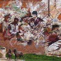 Граффити на стене здания в Казани :: Александр Лядов