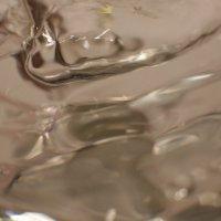 Буря в стакане воды :: Леонид