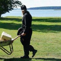 Послушание в монастыре :: Елена Павлова (Смолова)