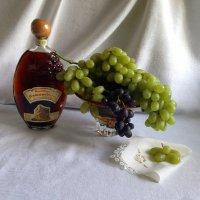 Представь, что жизнь — это гроздь винограда... :: Anna Gornostayeva