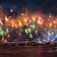 Не фестиваль фейерверков. Не в Москве. :: Евгений Никифоров