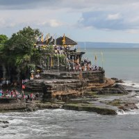 Храм Танах Лот о. Бали. :: Владимир Леликов