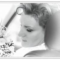 Невеста в машине. :: Ирина Токарева