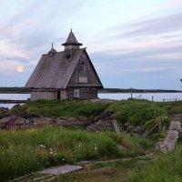На острове :: Валерий Князькин
