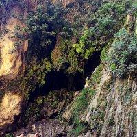 пещера :: Александр Корчемный