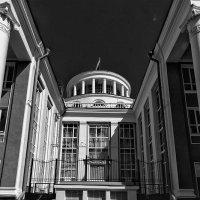 задний фасад здания :: Saloed Sidorov-Kassil