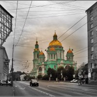 у Елоховского :: Дмитрий Анцыферов