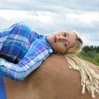 на коне :: Елена Гнатик