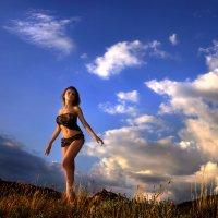 Девушка и грозовой перевал...4 :: Андрей Войцехов