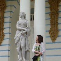 Две эпохи, две грации... :: Святец Вячеслав