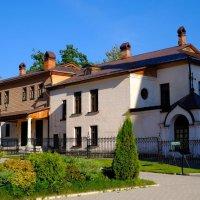 На территории  Свято-Успенского монастыря :: Angelika Faustova