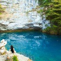 Голубое озеро в Абхазии :: Арина Зотова