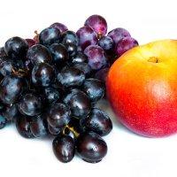 Виноград и персик :: Alex Bush