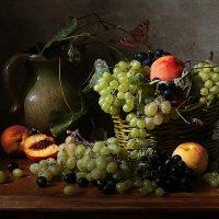 Корзина с виноградом :: Карачкова Татьяна