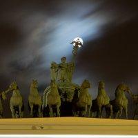 Полнолуние на Дворцовой :: Артур Минасян