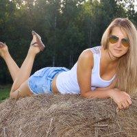 На сене :: Екатерина Орлова