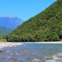 """""""Бежит река с высоких гор ..."""" :: Андрей Горячев"""