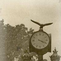 Ретро фонарь с часами :: Evgeny St.
