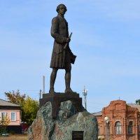 Памятник Кириллову :: Вадим Поботаев