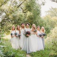 Невеста с подружками :: Таня Афанасьева