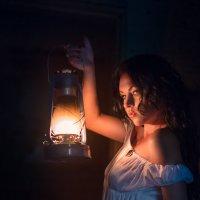 Ночь, фонарь... :: Александр Елисеев
