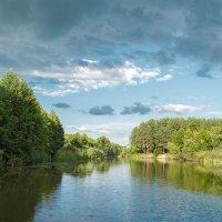 Тучи над рекой. :: Андрий Майковский