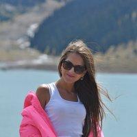 На реке Большое Алматинское озеро :: Вера Шелепова