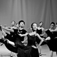 характерный танец :: Александра Сапоровская-Костюшко