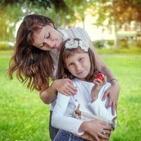Мама и дочка.. :: Юлия Логинова