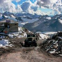 Великая стройка на горе Эльбрус :: Zifa Dimitrieva