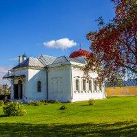 Осень в городе :: Galya Voron