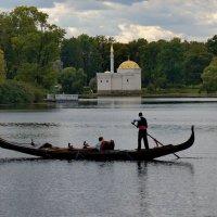 на озере :: Валентина Папилова