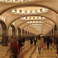 В метро :: Олег