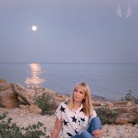 Лунный свет.. :: Райская птица Бородина