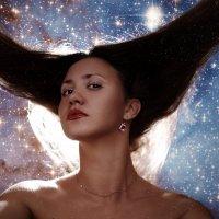 Летающая в Галактике :: Елена Нор