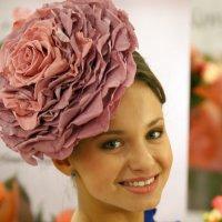 шляпка цветочек :: Олег Лукьянов