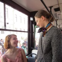 встреча в трамвае :: ИРЭН@ Комарова